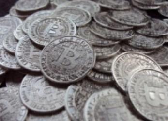 Rendbetenné a Bitcoin a gazdaságot vagy tönkre?