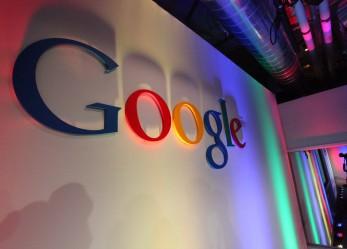 A Google-tól kiszivárogtatott levelezések arra utalnak, hogy a vállalat gondolkodik a Bitcoin integrációján
