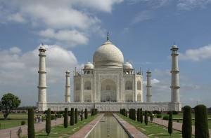 800px-Taj_Mahal_Agra_India