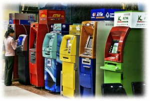 Using-ATM-Cash-Machines-in-Thailand